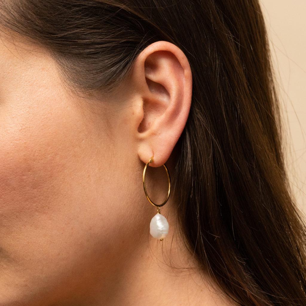 mejuri pearl hoop earrings mothers day