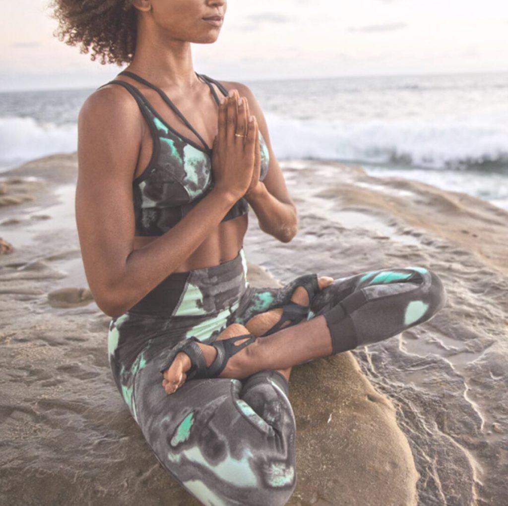 free outdoor yoga