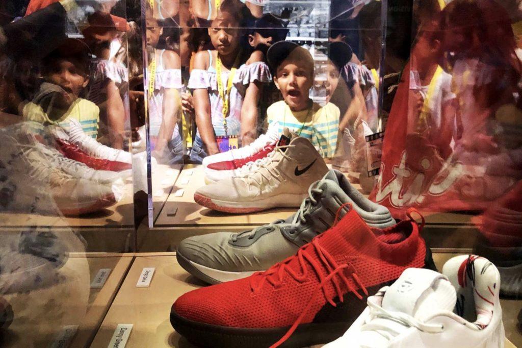 raptors sneakers auction