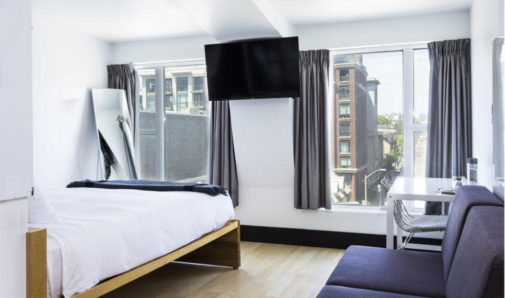 toronto hotels staycation